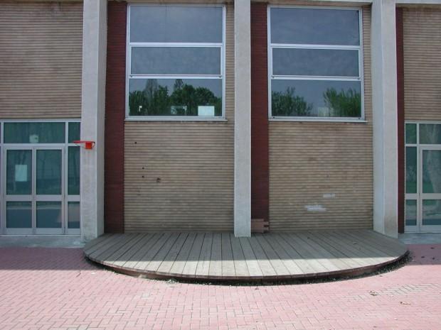 2005 Elementare XXV Aprile - Pedana teatrino