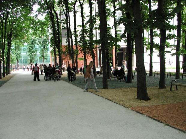 2005 Plesso Galli Breda. Boulevard colorato
