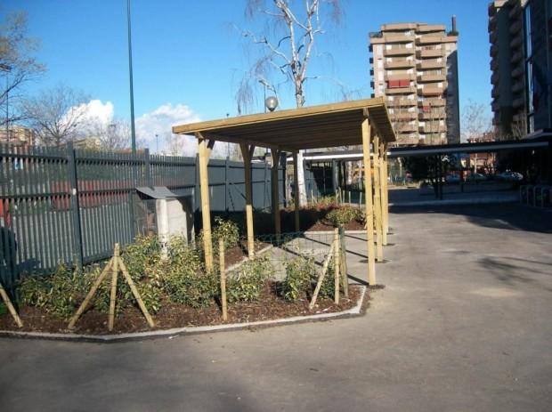2008 Scuola elementare Pascoli. Tettoia bici